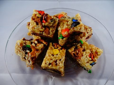 How to Make Pretzel and Candy Rice Krispies Bars via gk-howto-videos.blogspot.com easy snack and holiday recipes