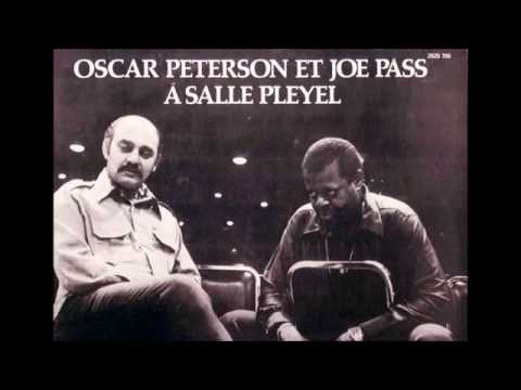 Frank Sinatra - I Gotta Right To Sing The Blues