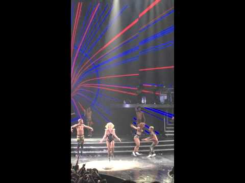 Britney Spears twisted her ankle during the show in Las Vegas