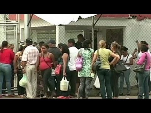 Gang violence kills 16 in Venezuelan prison