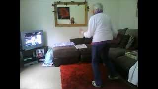 78-ամյա տատիկի պարը