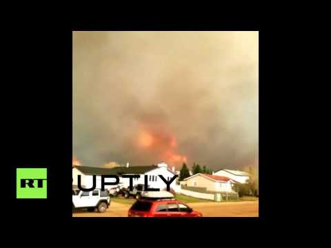 Canada: Huge wildfire triggers mass evacuation in Fort McMurray