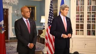 Video :  Rencontre du President Michel Joseph Martelly avec le Secretaire d'Etat Americain, John KERRY au Departement d'Etat