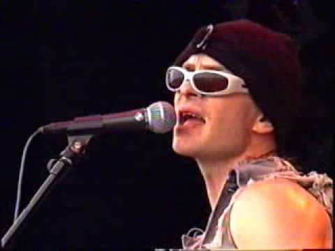 Rancid - Time Bomb LIVE 1996 @ Pink Pop Music Videos