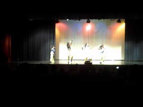 Koi Ladki Hai Dance (Chak Dhoom)