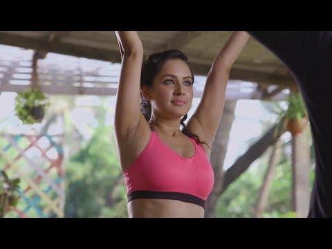 Pooja Bose hot armpits & navel show thumbnail