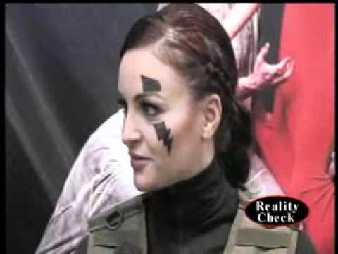 Maria Kanellis (Former WWE Diva) at Wonder Con 2011