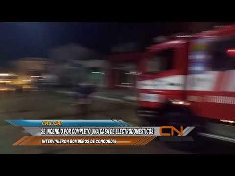 Impresionante incendio destrozó por completo el local comercial Grupo Márquez de Chajarí