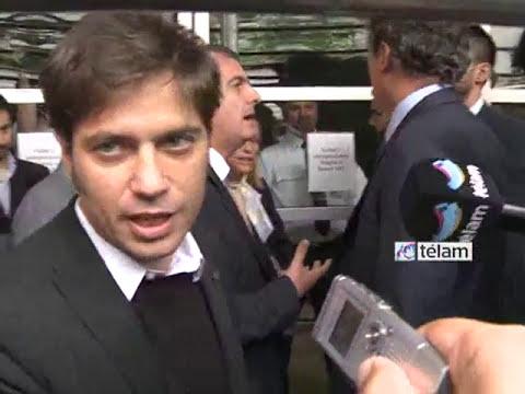 Accidentado ingreso de Kicillof a la asamblea de accionistas del Grupo Clarín