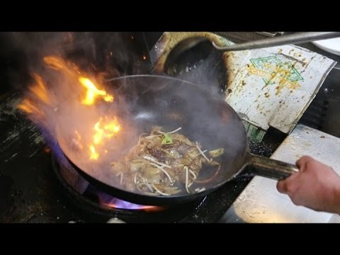 Non stick cooking in wok