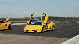 Flat out in a Lamborghini Diablo SV for 2 miles!