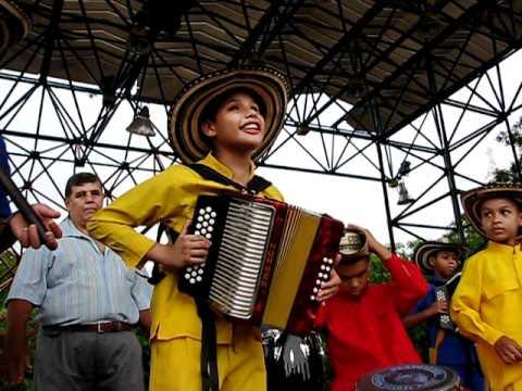 Los Niños Del Vallenato, Escuela Maestro