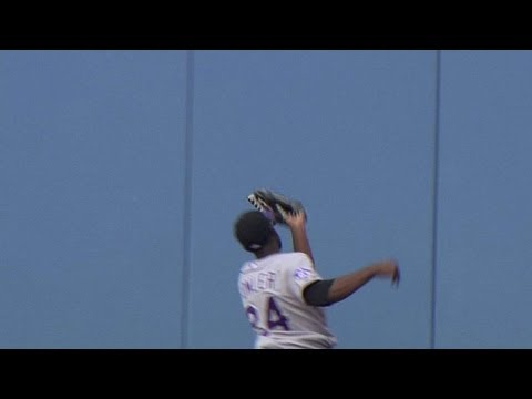 Fowler hits the wall for a game-ending grab