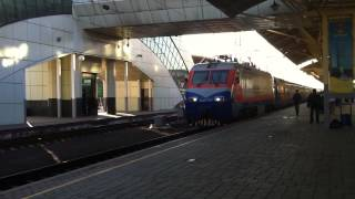 TALGO FAST TRAIN ARRIVES FROM ALMATY HD LIVE, ASTANA, KAZAKHSTAN