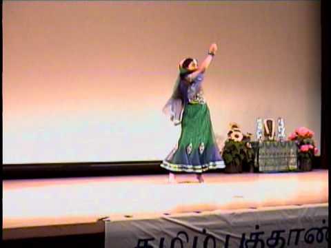 Swetha-tamil New Year Dance 2013- (manamvirumbudhey,radhai Manathil ) video