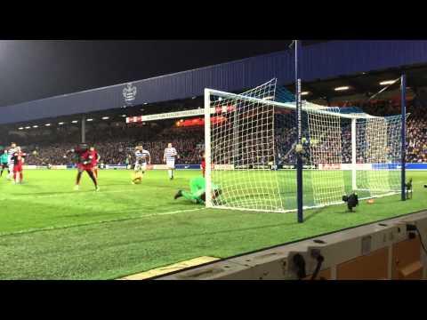 QPR - 1 Vs 1 - Swansea City - 01/01/2015 Good Safe of the Goalkeeper Robert Green - Brilliant match.