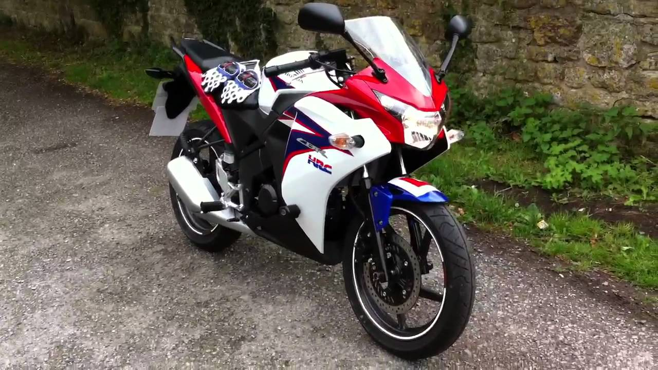 Cbr 125rr 2011 Tri Colour Youtube
