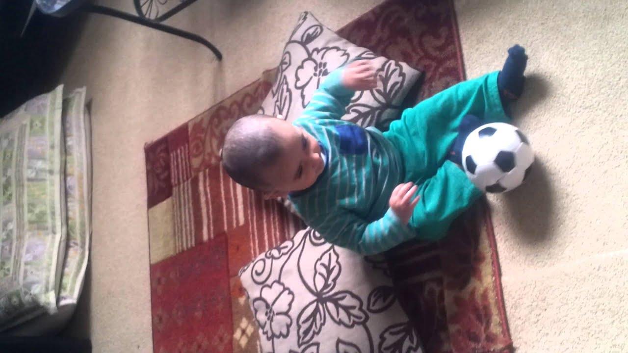 Baby Ronaldo kicking ball @ 7 months - YouTube