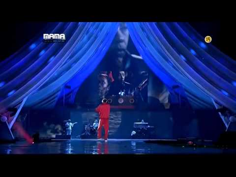 Dr Dre feat Snoop Dogg the next Episode live 2011