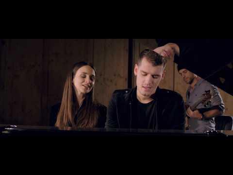 Fangler's feat. Törőcsik Franciska - Miénk Volt (HIVATALOS VIDEOKLIP)