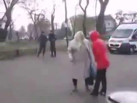 Слава Украине! Пошла на ...! Бабка все понимает.