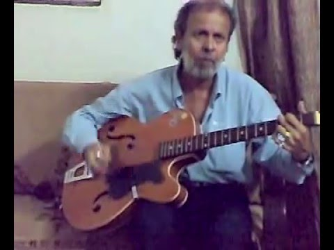 SUNIL SINGH UNCLE PLAYING CHAND MERA DIL
