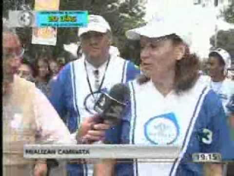 Magistradas del TSE realizan caminata de promoción al Voto.