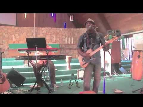 Thomas McClary and Friends Perform Live