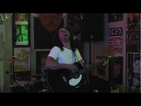 Zach Davidson (vendetta red, sirens sister) live in my garage 2011
