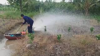 Sáng tạo của nông dân miệt vườn trong nông nghiệp. chế máy tưới nước tự động.