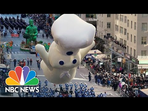 Balloons Fly At Macy's Thanksgiving Day Parade Despite Weather Fears | NBC News