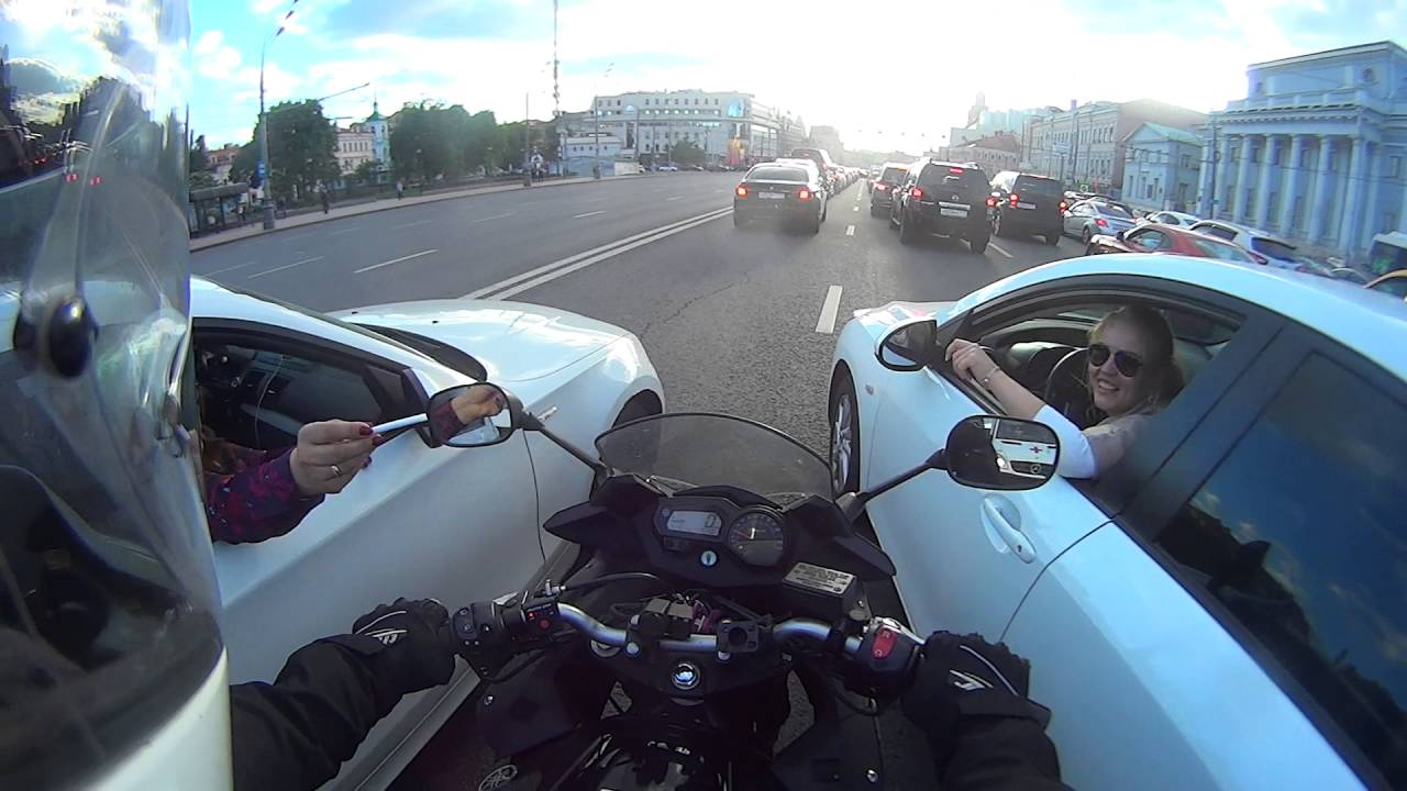 [Biker Helps Diffuse Potential Road Rage Incident] Video