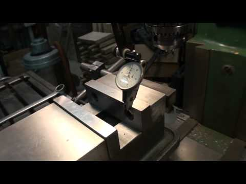 Indicate the vise on a milling machine in just one pass
