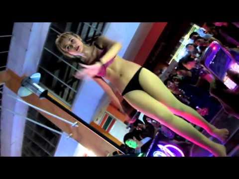 DJ HOT 18+ GOYANG SAMBIL BUKA CELANA DALAM thumbnail