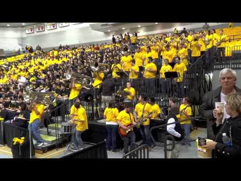 The Peppas (VCU Pep Band) play Tom Sawyer 1-9-2013