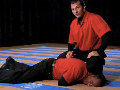 The Self Defense Company, Guardian Defensive Tactics: Underhook Takedown to Cuffing Image 1