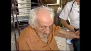 """A história de """"Seu João"""", homem mais velho do mundo com 128 anos, no interior do Acre (TV Record)"""