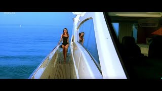 Kareena Kapoor best Bollywood Bikini Scene