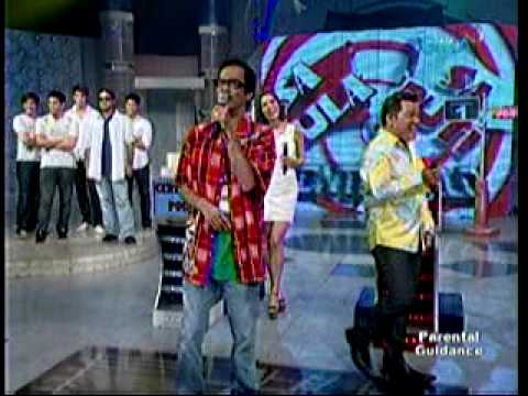 Brod Pete singing on EB