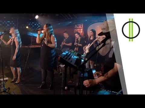 Mango Blitz: Az eső és én (Kovács Kati) - AKUSZTIK M2 PETŐFI TV