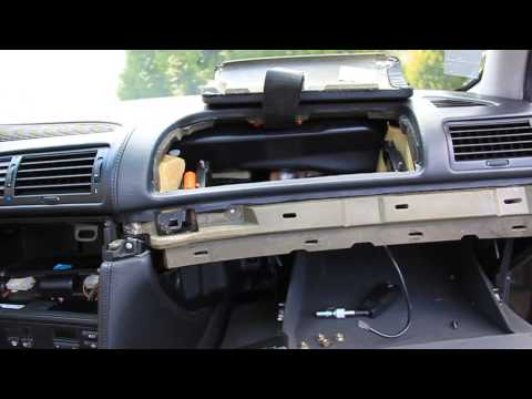 BMW 7 E38 How To Remove THE WHOLE DASHBOARD - Ako demontovať palubnú dosku