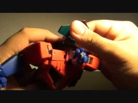 Toy Review: Transformers Animated Optimus Prime (Voyager Class)