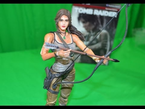 TOMB RAIDER Collectors Edition With LARA CROFT 8 inch Action Figure