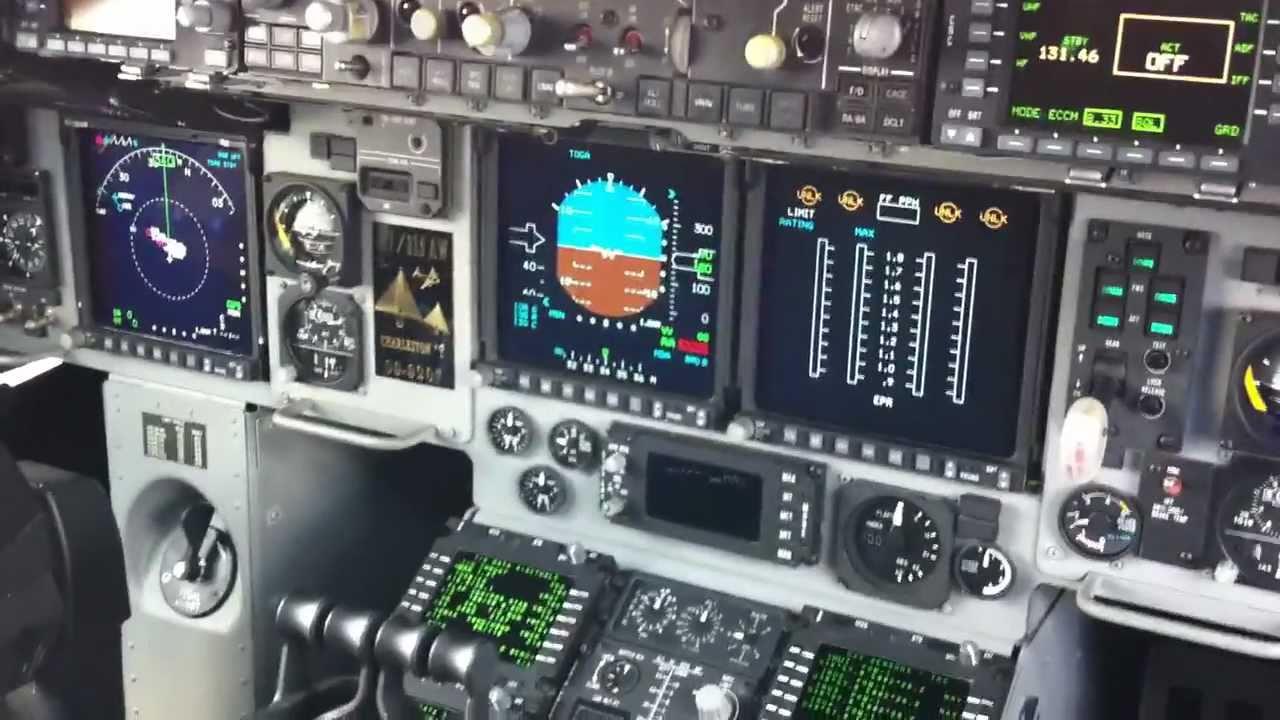 C-17 Cockpit HD  HUD   C 17 Cockpit