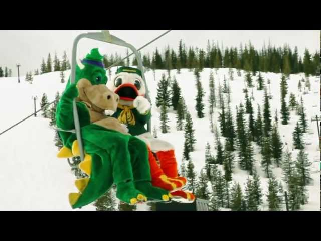 The Oregon Duck visits Hoodoo Ski Area