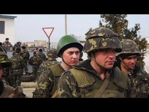 Tensión a las puertas de los cuarteles del Ejército en Crimea