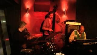 Hailu Mergia - Berlin Concert በበርሊን የመድረክ ስራ