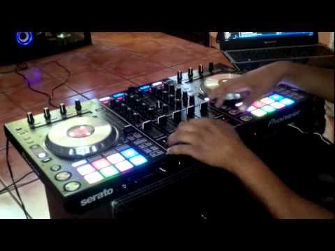 Pioneer DDJ SX2 DJ Jazzy Jeff Peter  Piper vs  DJ LATiNO Happy 123 Routine