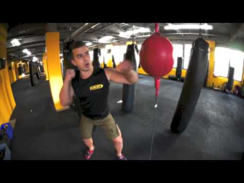 Boxing Drills: Double-end Bag Image 1