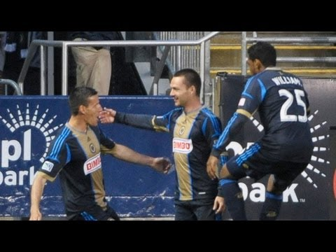GOAL: Jack McInerney puts the Union up